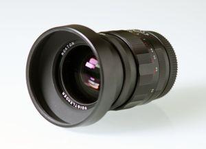Voiglander-25-f0.95